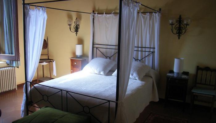 Habitació de la Masia del Montseny